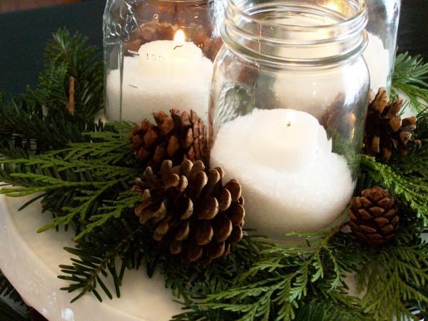 Decorazioni Natalizie Con Pigne E Candele.Come Apparecchiare La Tavola Di Natale Con Le Pigne