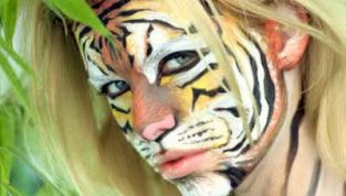Make up tigre per Carnevale: trucco aggressivo