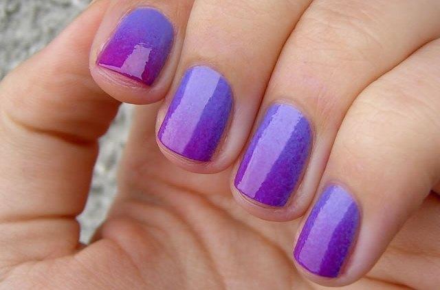 Gradient Manicure tutorial nail art di tendenza