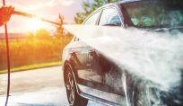 Lavare l'auto in modo ecologico