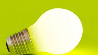 Risparmiare energia elettrica scegliendo il miglior operatore
