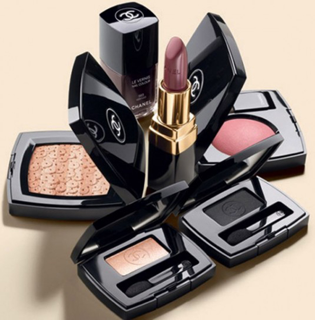 Make up Chanel Les Essentiels