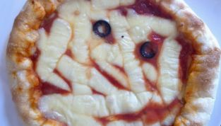Pizza mummia di Halloween