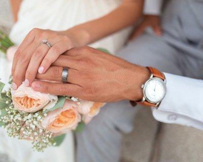 Lady Gaga si sposa e lascia la musica