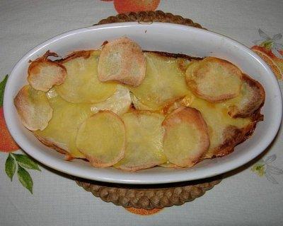 Terrina di verza, patate e scamorza bianca