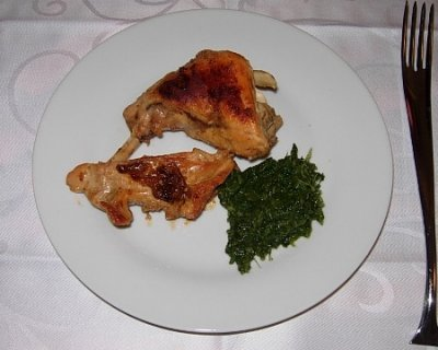 Coniglio alla senape con purea verde