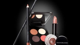 Youngblood make up minerale