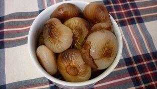 Cipolline borettane all'aceto balsamico cotte in forno