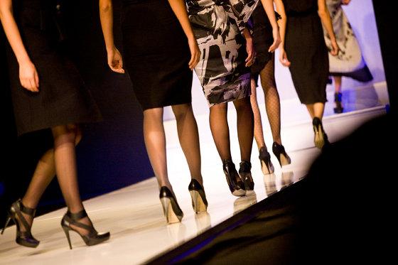 polemiche calendario sfilate moda milano 2013