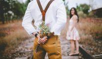 Perché i maschi si dimostrano più romantici delle femmine?
