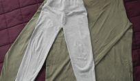 Pantaloni per bimbo fai da te riciclando una t-shirt