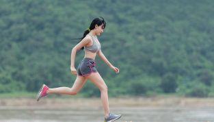 Fate ginnastica al mattino per diminuire l'appetito