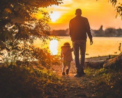 Autonomia e responsabilità: ciò che un padre dona a un figlio