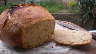 Pane semintegrale senza impasto