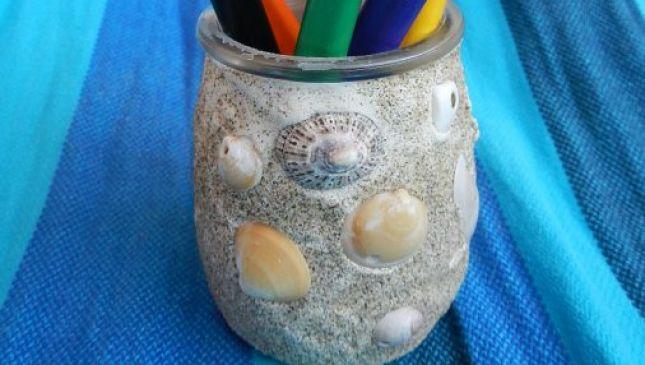 Vasetto di sabbia e conchiglie fai da te