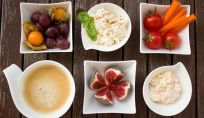 Alimenti colorati a tavola per i più piccoli