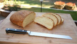 Pane di semola siciliano preparato con pasta madre