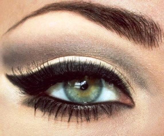 Molto Trucco per occhi verdi: regole e segreti MN13