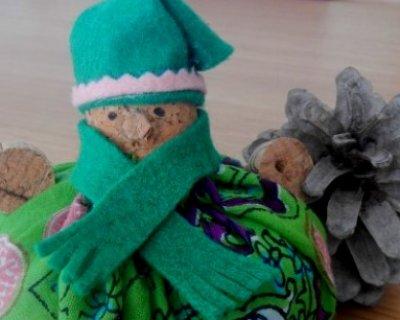 Folletto di Natale con tappi di sughero
