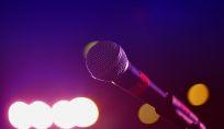 Il principe William canta per beneficenza