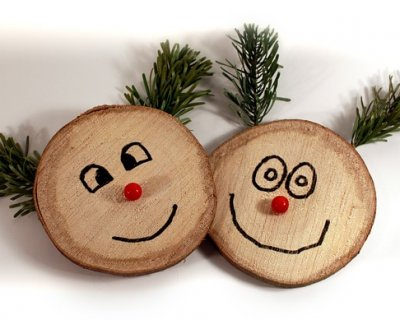 Decorazioni di natale fai da te utilizzando legno di recupero - Decorazioni natalizie in legno fai da te ...