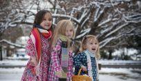 Viaggiare a Natale con bambini piccoli senza problemi