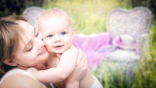 Consigli per neomamme: come vivere serenamente la maternità