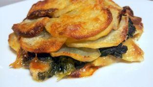 Tortino di patate e spinaci come piatto unico vegetariano