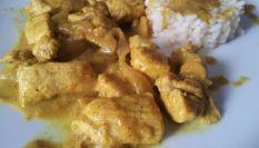 Petto di pollo al curry, un tocco di Oriente a tavola
