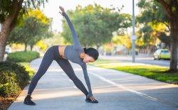 Esercizi brucia grassi a corpo libero
