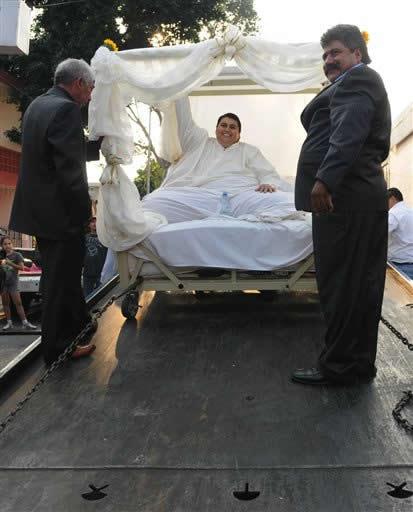 Manuel Uribe sposo