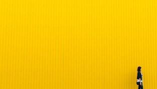 Giallo canarino tra i colori moda della primavera/estate 2014