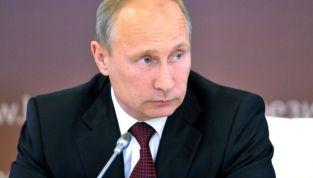 Putin: 'Pronti a intervenire in Ucraina'. Tensioni con gli Stati Uniti