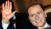 Silvio Berlusconi non è più Cavaliere (del lavoro)