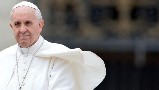 La Regina Elisabetta Arriva A Roma Oggi Incontrera Napolitano E Il Papa
