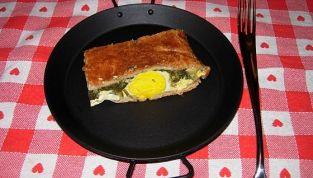 Torta Pasqualina, piatto tradizionale, delizioso e colorato