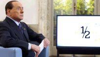 Berlusconi all'attacco: «Noi alzeremo le pensioni, mentre la sinistra pensa alla patrimoniale»