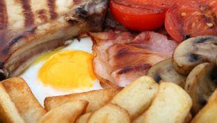 Dieta per il colesterolo: quali cibi ci aiutano a controllarlo?