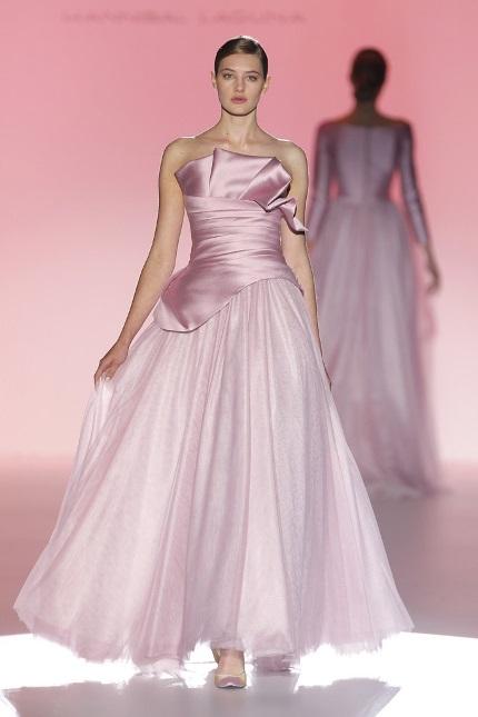Anche il 2015 sarà caratterizzato dagli abiti da sposa colorati, ma ...