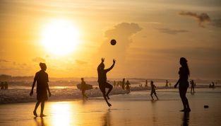 10 sport da fare in spiaggia