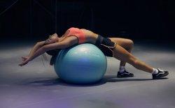 Ginnastica post parto: quali sono gli esercizi giusti per tornare in forma?