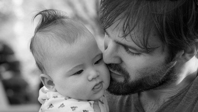 Ruttino del neonato: a cosa serve e come si procede