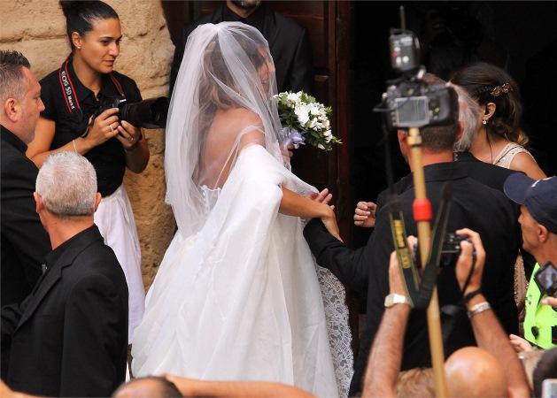 voi cosa ne pensate dell'abito da sposa di Elisabetta Canalis?