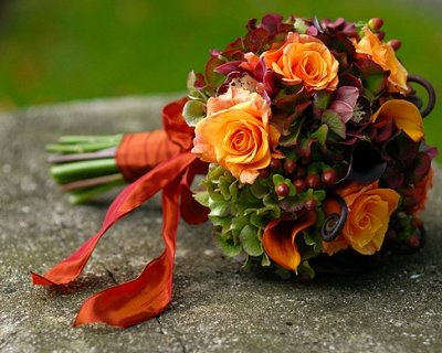 Bouquet Autunnali Sposa.Fiori E Frutta Per Il Bouquet Da Sposa In Autunno