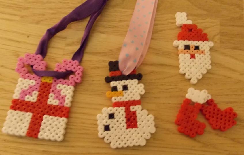 Lavoretti Di Natale Con Perline.Come Fare Decorazioni Di Natale Con Le Perline Hama
