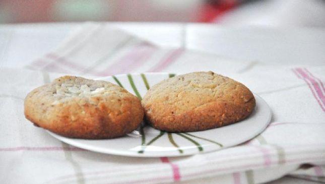 Biscotti al doppio cioccolato con cuore morbido