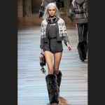 Stivali pelosi di Chanel