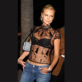 Charlize Theron - Foto 12