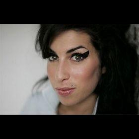 Amy Winehouse - Foto 27