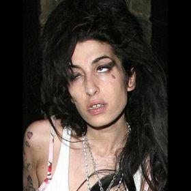 Amy Winehouse - Foto 29